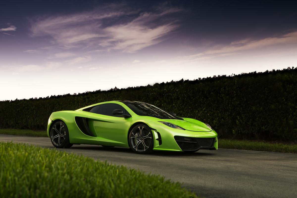"McLaren MP4-12C in ""Verde Ithaca"""